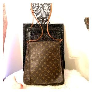 Louis Vuitton Mussete salsa Gm